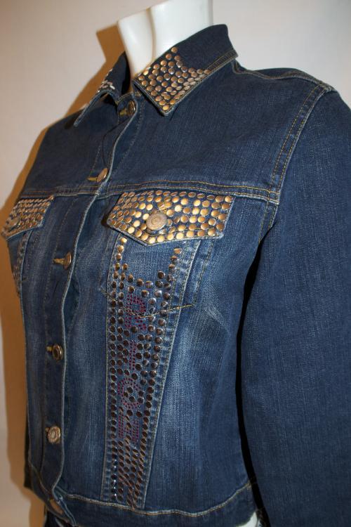 Декорировать джинсовый пиджак стразами своими руками 4